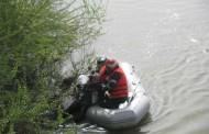 Femeie salvată de pompieri din râul Argeş