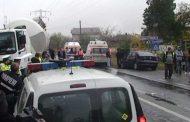 Şofer captiv într-o maşină distrusă la Morăreşti