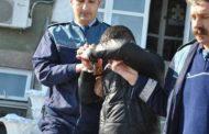 Suspect de furt, arestat