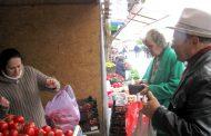 Căpşunile româneşti se vând ca pâinea caldă în Ceair