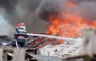 Le-a luat foc casa în miezul iernii