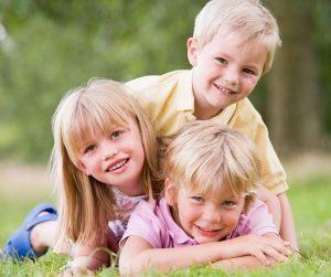 Noi condiţii pentru călătoria în străinătate cu copiii