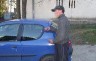 Găinar prins de poliţişti la Mioveni