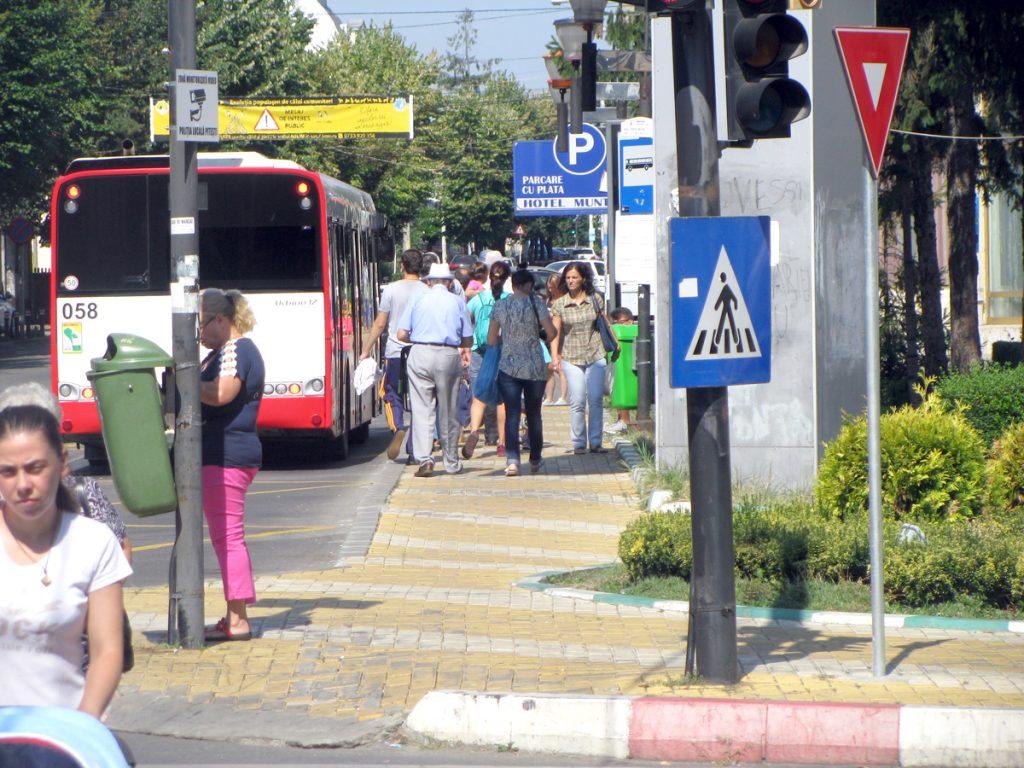 Acces contra-cost în centrul Piteștiului cu parcare inclusă?