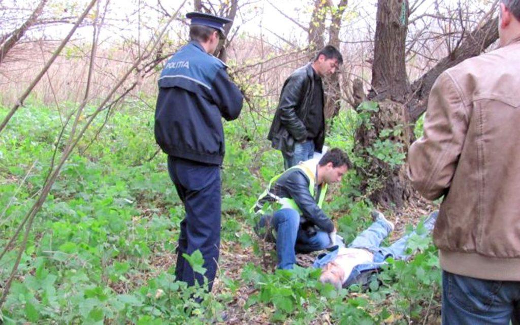 ACUM - Persoană găsită SPÂNZURATĂ in Trivale