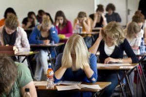 Proiect derulat în şcoli pentru STOPAREA unui fenomen: ANGAJAREA de la o VÂRSTĂ FRAGEDĂ