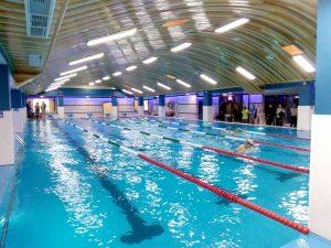 Triumf al înotătorilor piteşteni la