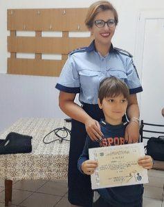 Sfaturi de la poliţişti, pentru copii şi părinţi, pentru o vacanţă în siguranţă