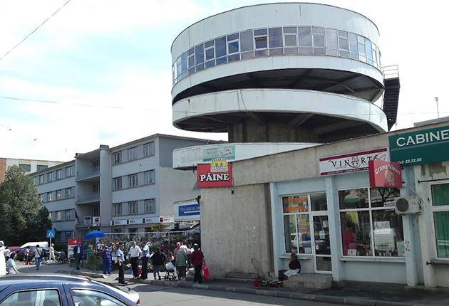 Spaţiu bântuit în Piaţa Ceair