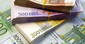 Euro, la minimul ultimelor două luni