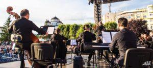 Filarmonica: Istoria, muzica şi poezia