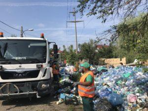 Comando pentru munţi de gunoaie în Piteşti