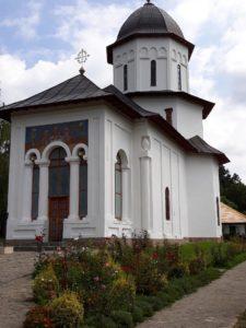 Mănăstirea Văleni merită vizitată
