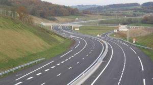 Autostrada spre Sibiu, amânări multe şi dese