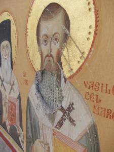 Lucrare satanică: chipul Sfântului Vasile a fost distrus!