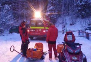 Turişti în şlapi pe Transfăgărăşan: vreo nouă au scăpat, al 10-lea a murit!