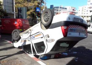 Şoferul Skodei care a răsturnat poliţia s-a ales cu dosar penal