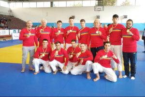Judoka, pe podium la Deva