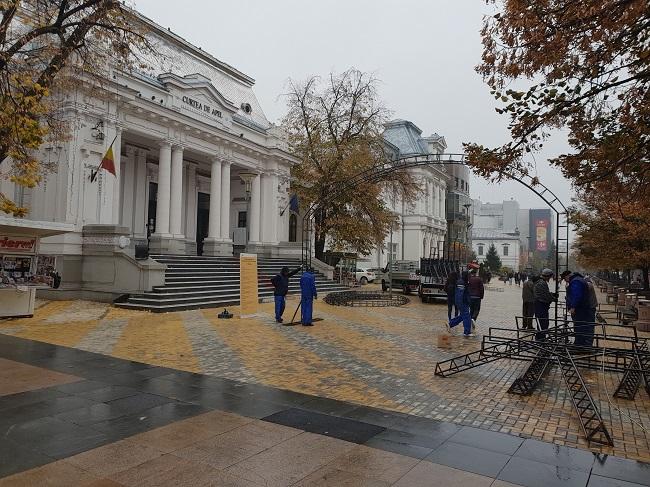 Arcadele pentru ornamente de iarnă, pe Strada Mare
