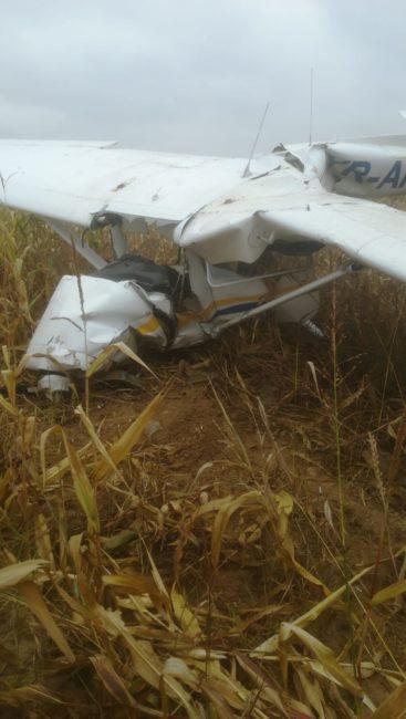 Avion prăbuşit la Topoloveni! FOTO şi VIDEO