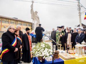 ÎPS Calinic, la inaugurarea monumentului eroilor din Bascov