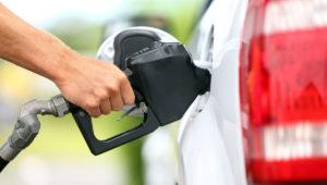 Carburanţii, mai ieftini!