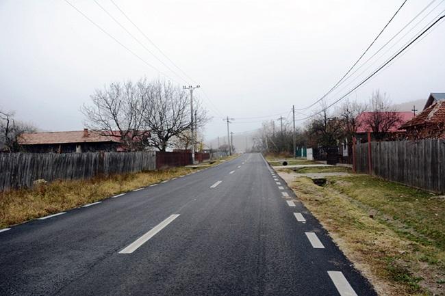 Două noi lucrări de infrastructură rutieră