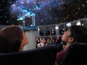 De azi, Muzeul Judeţean Argeş are Planetariu cu proiecţie video 4K!