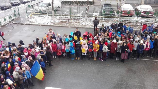 Marea Unire, sărbătorită la Şcoala