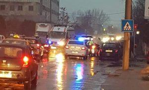 TÂNĂR DE 19 ANI A ACCIDENTAT O FEMEIE PE TRECEREA DE PIETONI