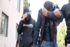 Suspecţii, conduşi spre arestul poliţiei judeţene