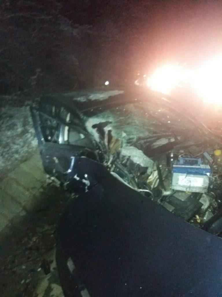 Autoturismul a fost serios avariat