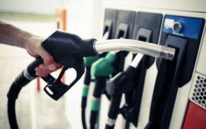 Carburanţii s-au ieftinit. La maxi-taxi de ce s-au scumpit biletele?