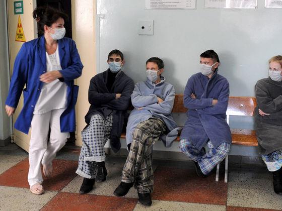 ARGEŞUL, SUB ASEDIUL GRIPEI! Direcţia de Sănătate Publică INSTITUIE MĂSURI