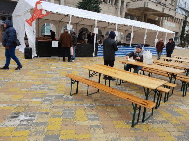 Organizare dezastruoasă la primul eveniment gastronomic din Piteşti