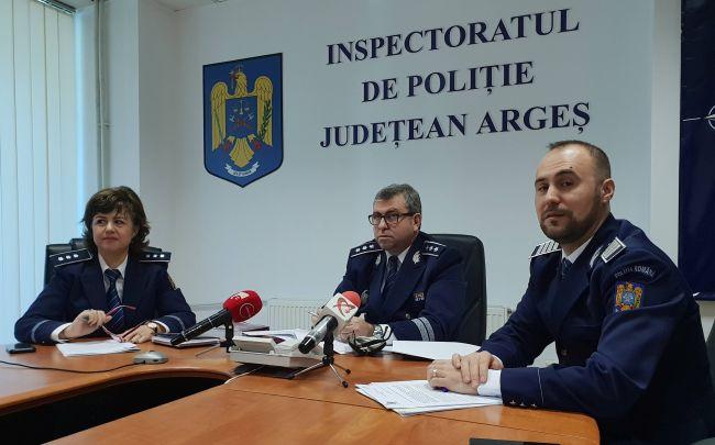 Comisar-şef Leonard Bâlă (centru), Florin Popa - purtător de cuvânt