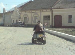 A confundat ATV-ul cu bicicleta