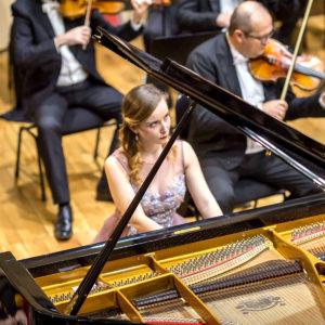 Ruxandra Boariu, o pianistă aclamată la Filarmonica Piteşti