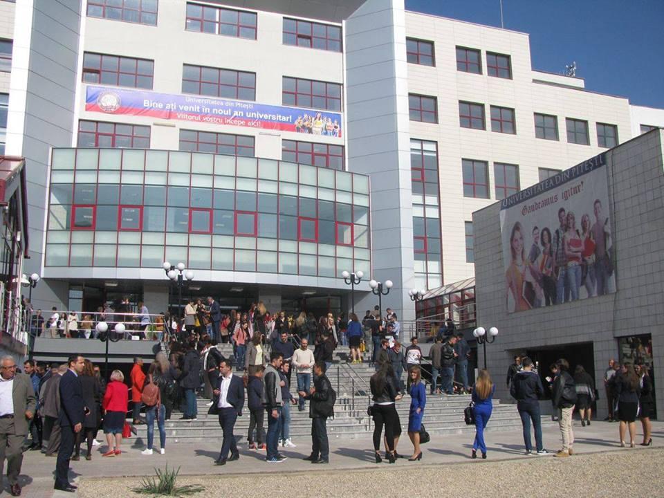 Pregătire gratuită pentru bacalaureat la Universitatea din Piteşti