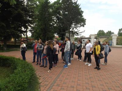 Studenţii de la UPIT, voluntariat în natură