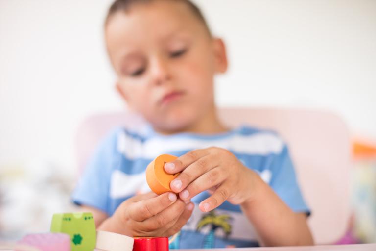 Un nou proiect pentru copiii cu autism