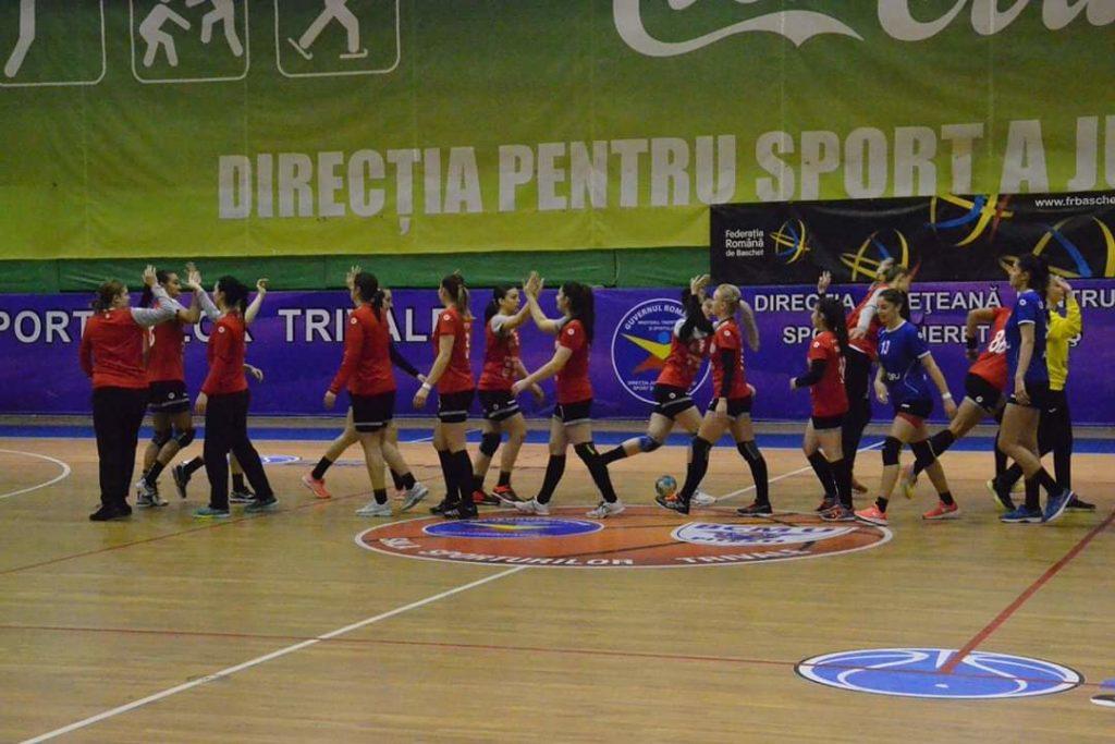Handbalistele din Mioveni, la Sala Sporturilor