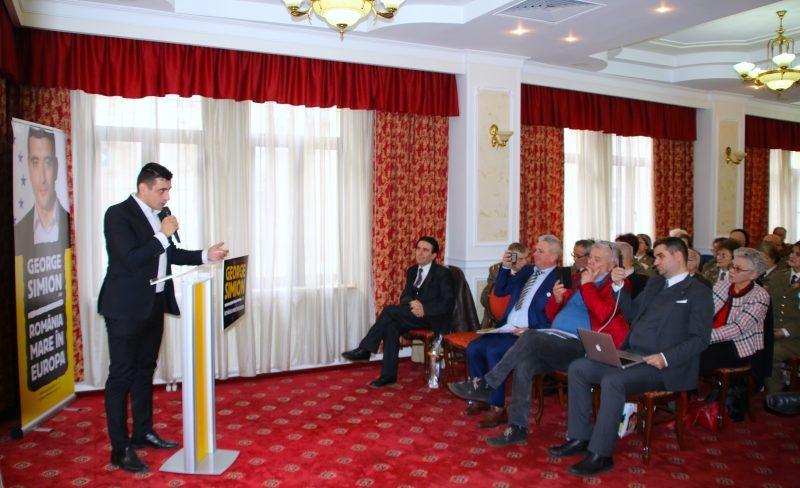 George Simion, la lansarea candidaturii în Argeş