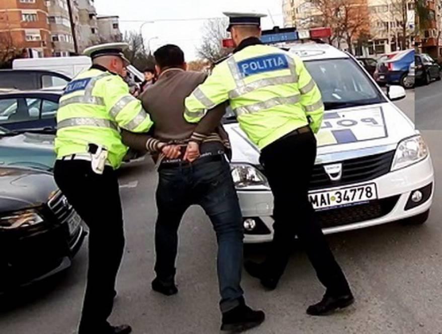 Şoferul rupt de beat s-a trezit în arest