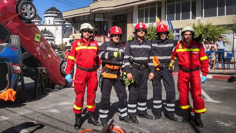 300 de locuri disponibile la Școala de Pompieri