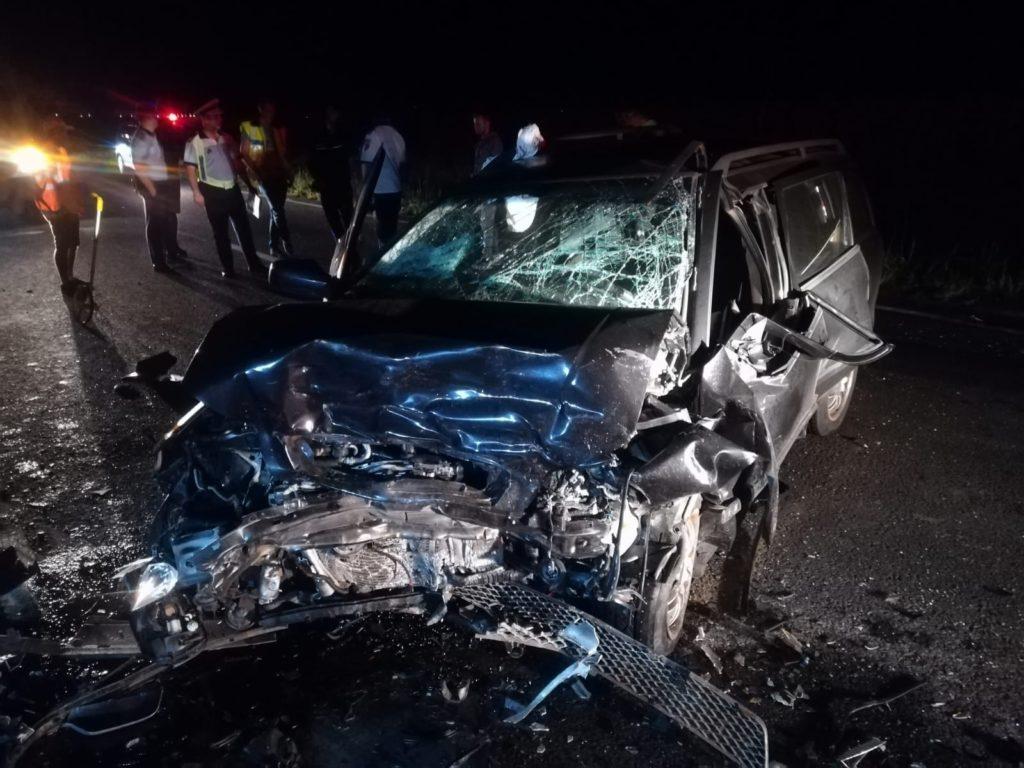 Maşini FĂCUTE ZOB într-un accident terifiant la Budeasa!