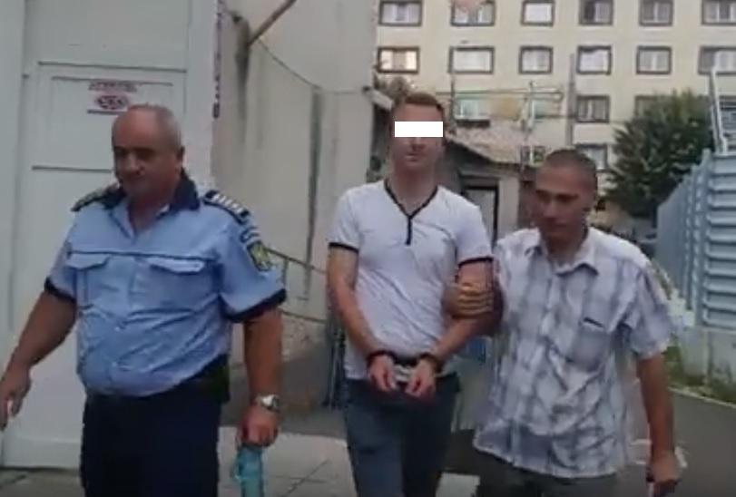 Agent local arestat preventiv. Şoferul fusese BĂTUT MĂR la sediul Poliţiei Locale!