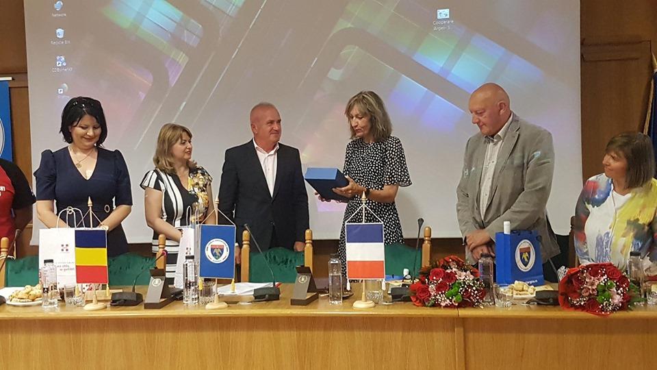 Protocol de colaborare româno-francez la CJ Argeş
