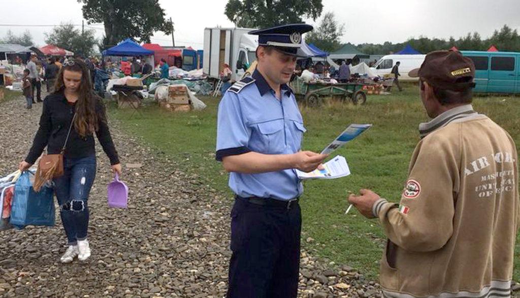 Târguri şi oboare puricate de poliţişti şi medici veterinari