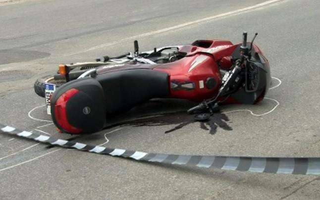 La Piteşti, motociclist accidentat grav de un şofer neatent